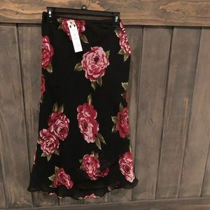 Black layered floral skirt
